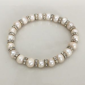 Jewelry - 5 for $25-Pearl and crystal bracelet